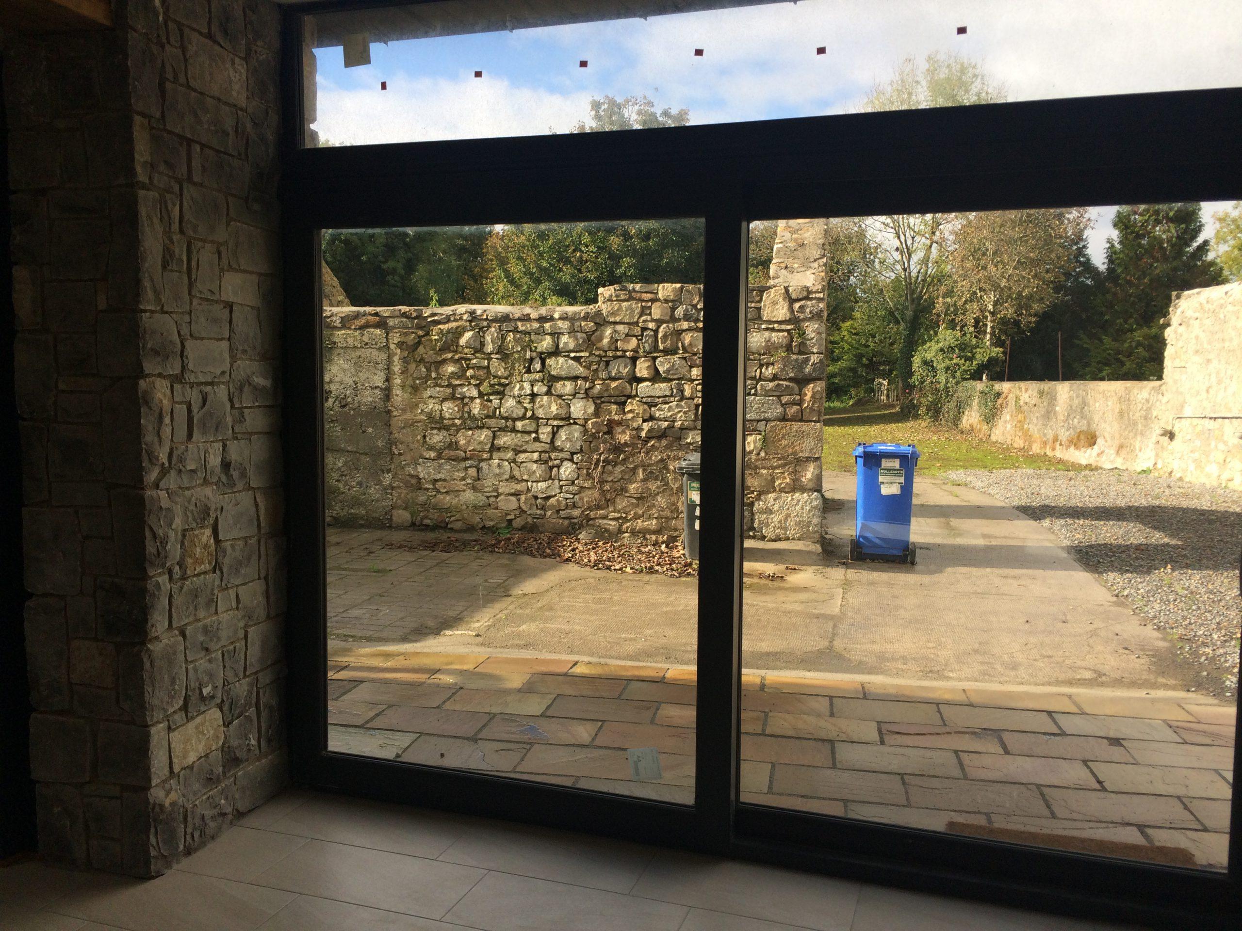 Backyard at Heron Brook Lodge - Luxury Stay